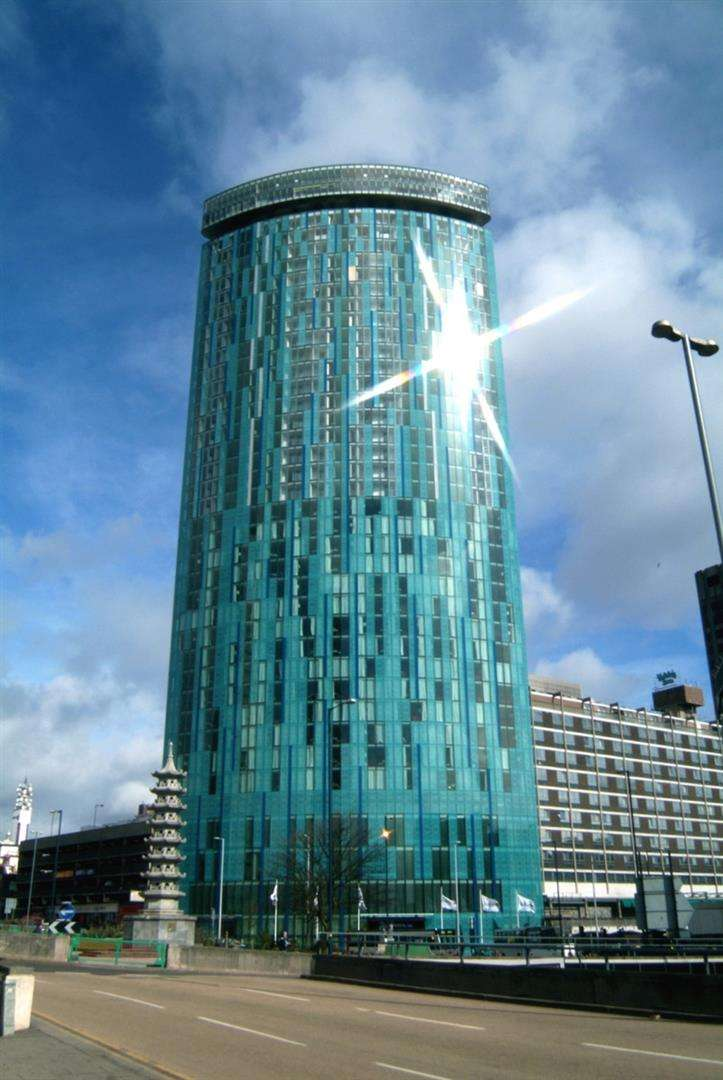 1 Bedroom Property for sale in Beetham Tower, Holloway Circus Queensway, Birmingham