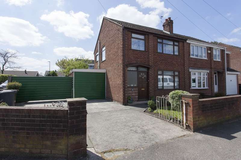 3 Bedrooms Semi Detached House for sale in Carr Lane, Wigan, Greater Manchester, WN3