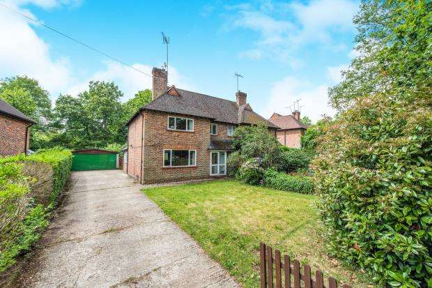 3 Bedrooms Semi Detached House for sale in Milford, Godalming, Surrey