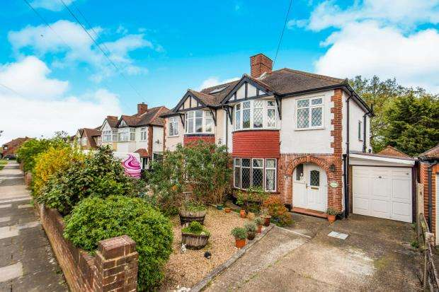 3 Bedrooms Semi Detached House for sale in Surbiton, Surrey, .