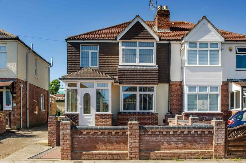 3 Bedrooms Semi Detached House for sale in Farlington, Hampshire