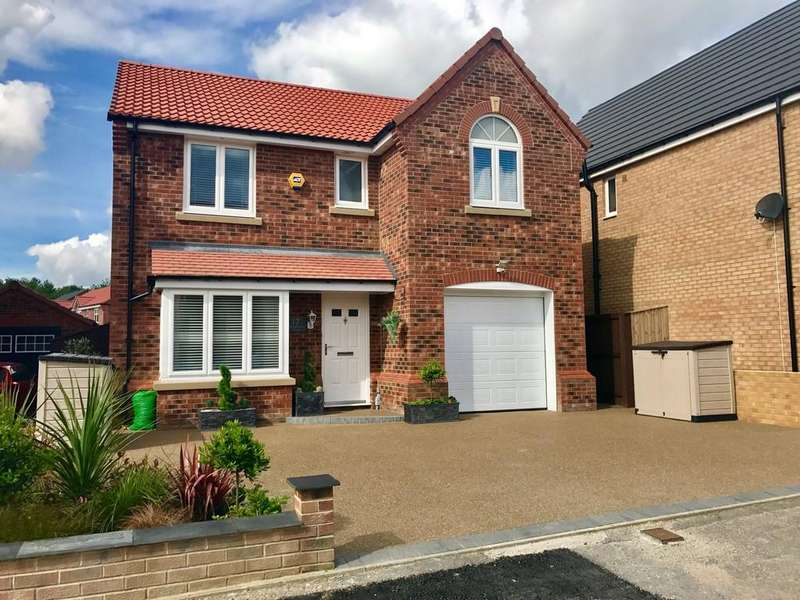 4 Bedrooms Detached House for sale in Hazelwood Drive, Off Littleworth Lane, Barnsley S71