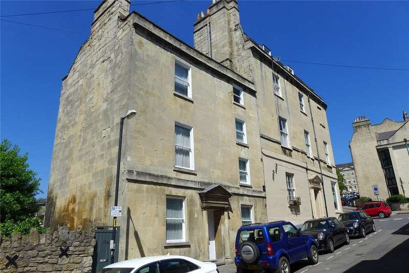 3 Bedrooms Semi Detached House for sale in Gloucester Street, Bath, BA1
