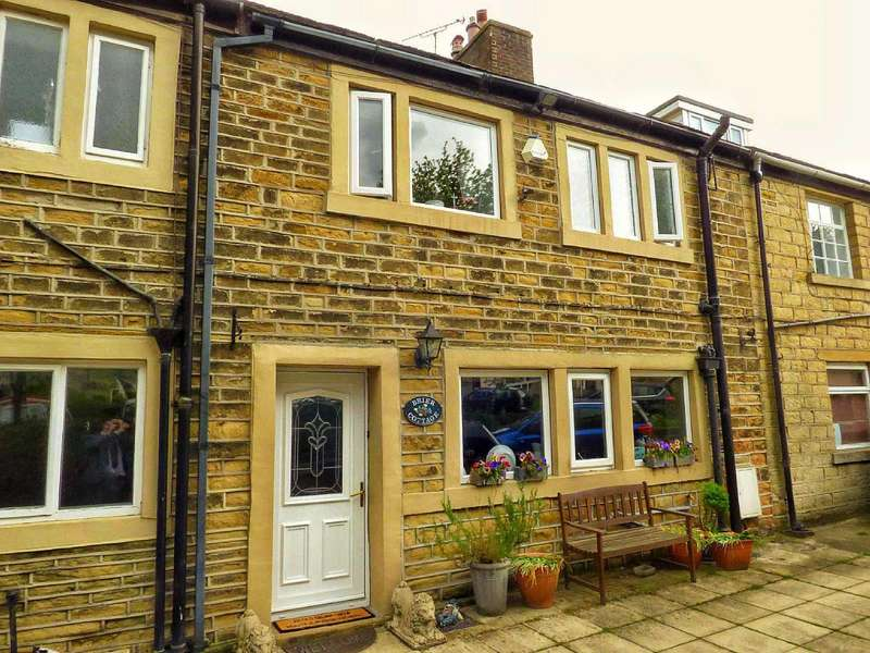 5 Bedrooms Terraced House for sale in Westgate, Honley, Holmfirth, West Yorkshire, HD9