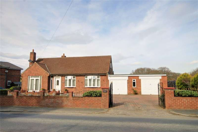 4 Bedrooms Detached Bungalow for sale in The Middles, Stanley, Durham, DH9