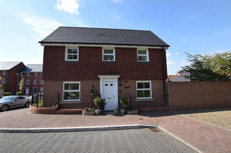 3 Bedrooms Semi Detached House for sale in Bunce View, Bracknell, Berkshire, RG12