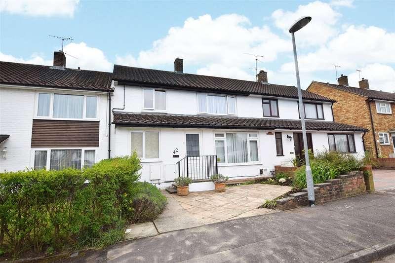 3 Bedrooms Terraced House for sale in Merryhill Road, Bracknell, Berkshire, RG42