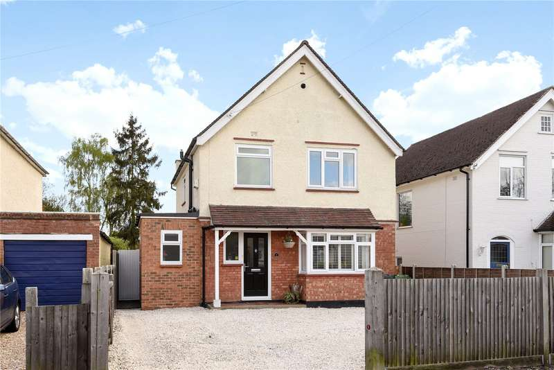 3 Bedrooms Detached House for sale in Crabtree Road, Camberley, Surrey, GU15