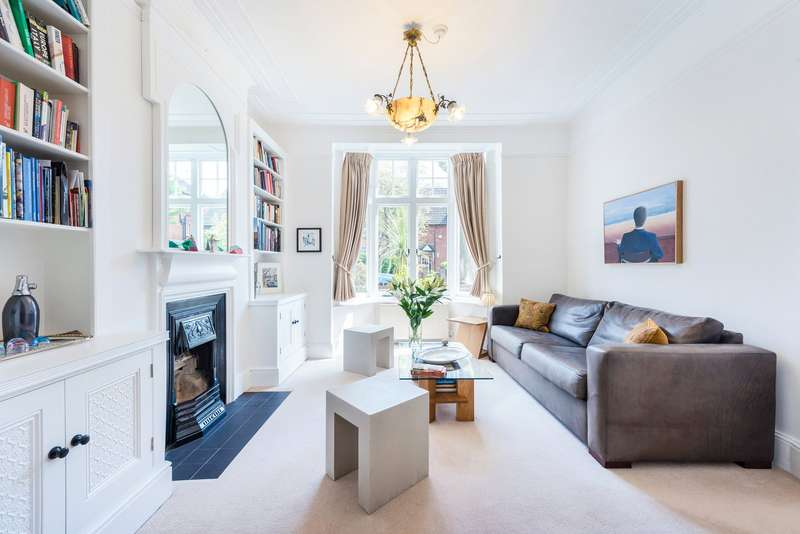 3 Bedrooms Terraced House for sale in Woodstock Road, London, W4