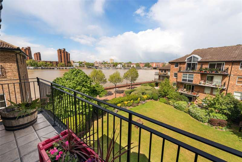 2 Bedrooms Flat for sale in Thorney Crescent, London, SW11