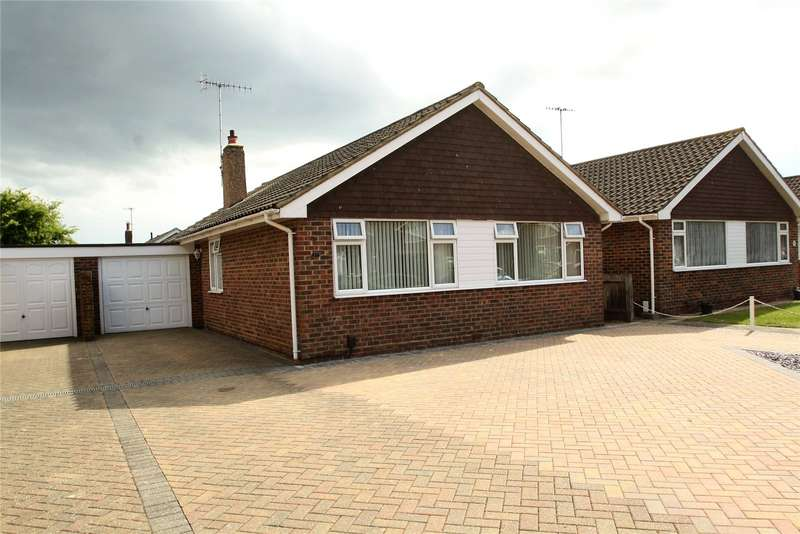 3 Bedrooms Detached Bungalow for sale in Cumberland Avenue, Goring By Sea, Worthing, BN12