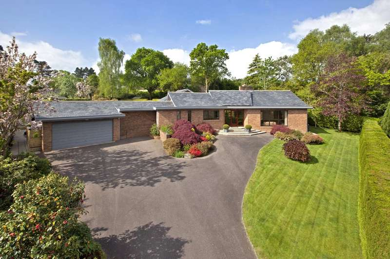 4 Bedrooms Bungalow for sale in West Hill, Devon
