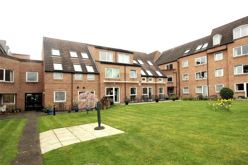 2 Bedrooms Retirement Property for sale in Homebeech House, Mount Hermon Road, Woking, Surrey, GU22