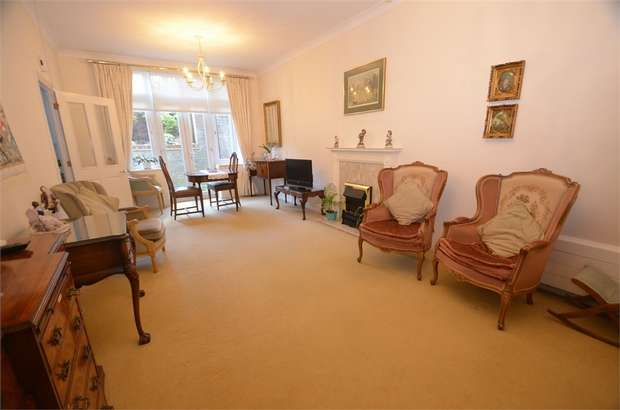 2 Bedrooms Retirement Property for sale in Farthing Court, Langstone Way, London