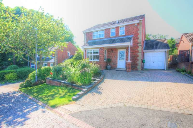 3 Bedrooms Detached House for sale in Beechwood, High Spen, Rowlands Gill, NE39