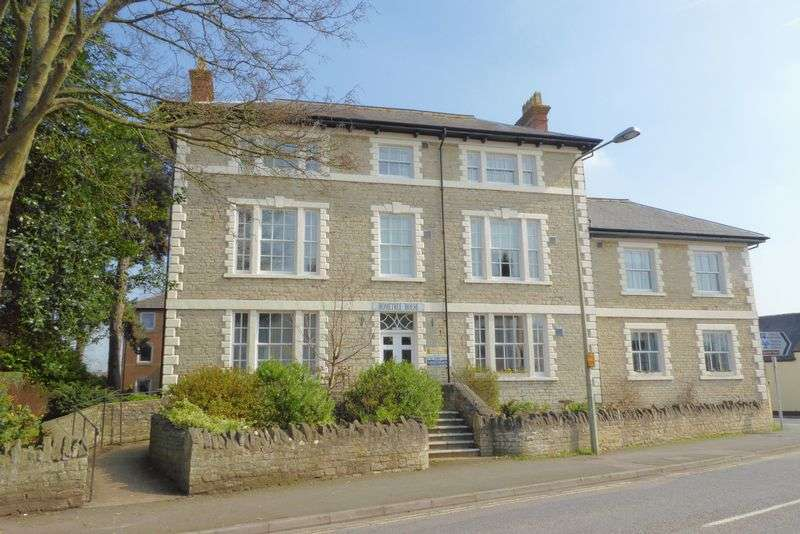 1 Bedroom Property for sale in London Road, Bicester