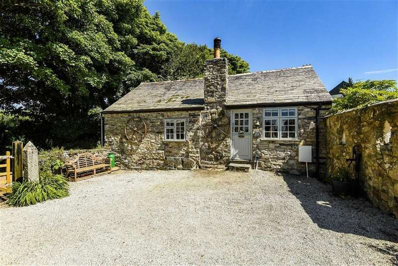 2 Bedrooms Bungalow for sale in May Rose Farm, Helstone, Camelford, Cornwall, PL32