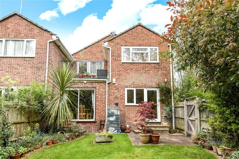 5 Bedrooms End Of Terrace House for sale in Knoll Crescent, Northwood, Middlesex, HA6