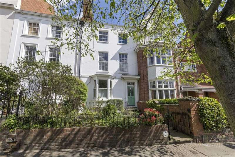 4 Bedrooms Town House for sale in Portland Street, Leamington Spa