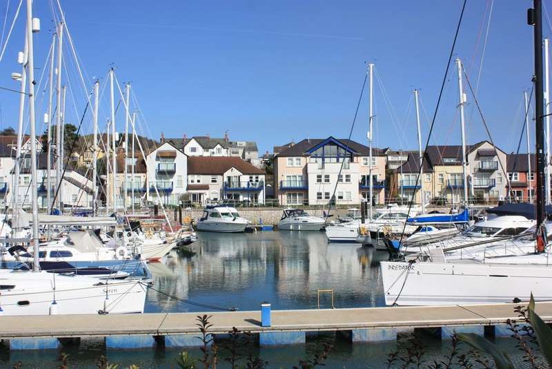 2 Bedrooms Ground Flat for sale in Deganwy Quay, Deganwy LL31