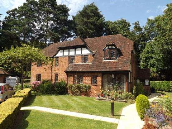 1 Bedroom Retirement Property for sale in Fleet