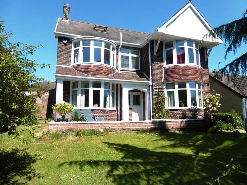 4 Bedrooms Detached House for sale in The Highway, New Inn, Pontypool