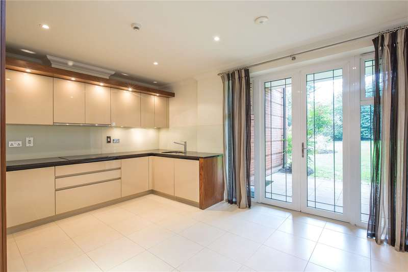 3 Bedrooms Apartment Flat for sale in Unwin Court, 1 Beaumont Close, London, N2