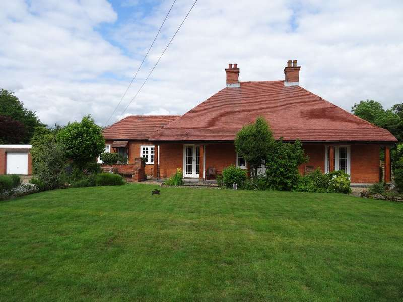 4 Bedrooms Detached Bungalow for sale in ORCHARD LANE, HARROLD