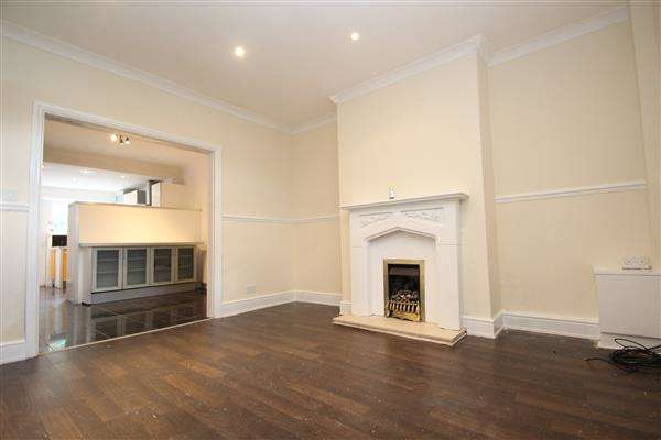 2 Bedrooms Terraced House for sale in Emily Street, South Elmsall
