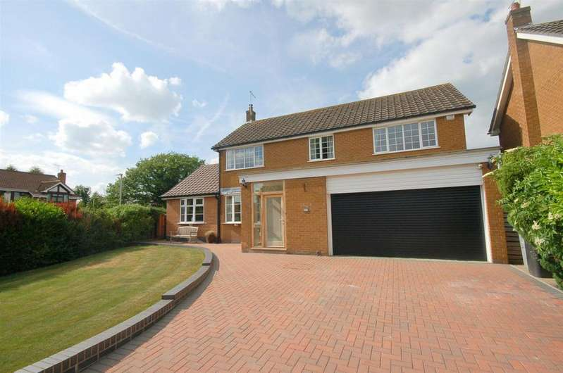 4 Bedrooms Detached House for sale in Cranberry Lane, Alsager
