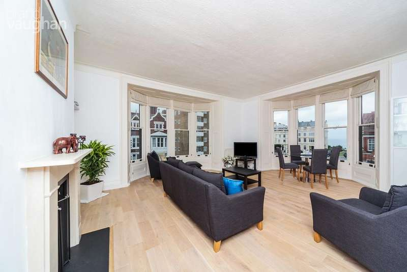 3 Bedrooms Apartment Flat for sale in Hove Place, Hove, BN3
