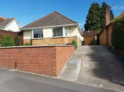 3 Bedrooms Bungalow for sale in Wallisdown, Poole, Dorset