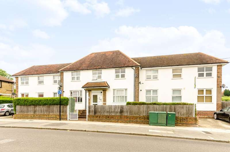 3 Bedrooms Flat for sale in Churchdown Road, Bromley, BR1