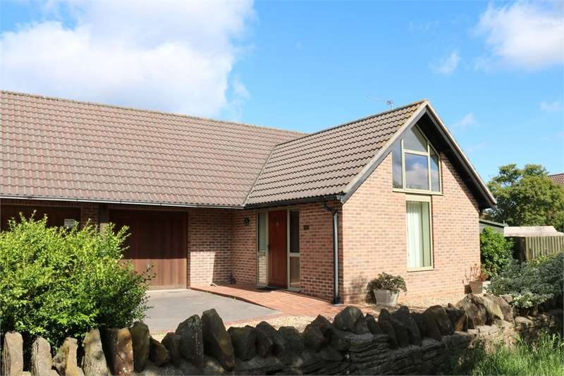 3 Bedrooms Semi Detached Bungalow for sale in Watleys End Road, Winterbourne, South Gloucestershire