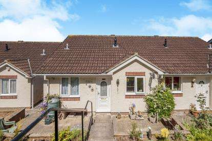 2 Bedrooms Bungalow for sale in Newton Abbot, Devon