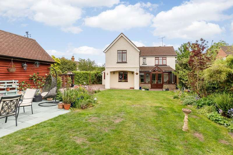 5 Bedrooms Detached House for sale in Rowledge