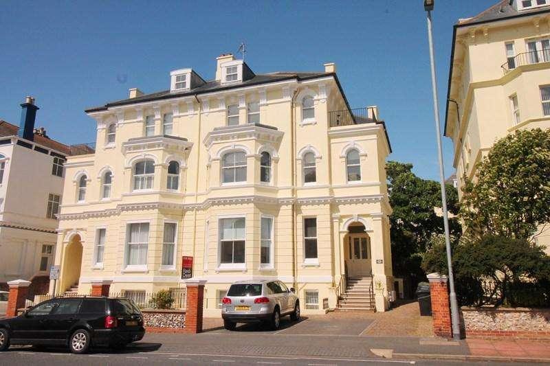 2 Bedrooms Penthouse Flat for sale in Burlington Place, Eastbourne