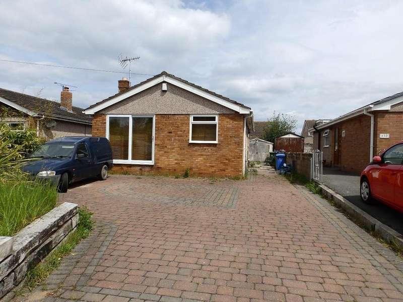 3 Bedrooms Detached Bungalow for sale in Ffordd Derwen, Rhyl