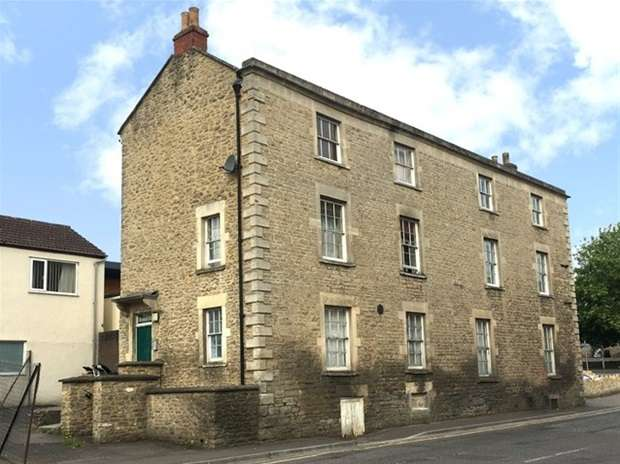 1 Bedroom Flat for sale in Badcox, Frome