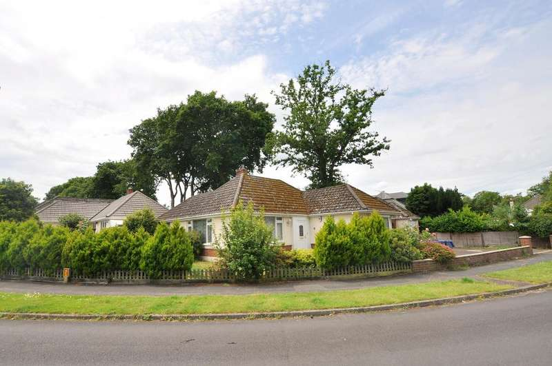 2 Bedrooms Detached Bungalow for sale in West Parley