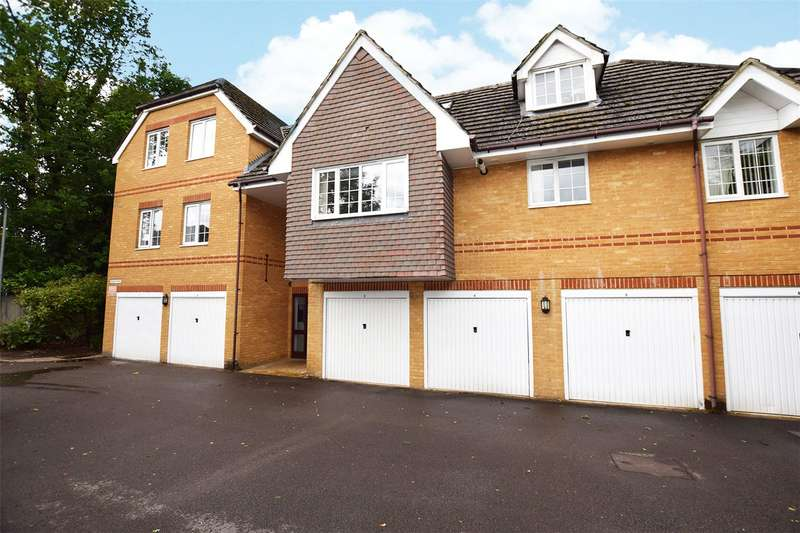 2 Bedrooms Apartment Flat for sale in Walnut Mews, Pollardrow Avenue, Bracknell, Berkshire, RG42