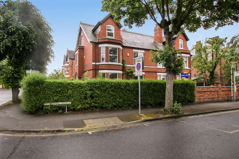 5 Bedrooms Semi Detached House for sale in Devonshire Avenue, Beeston