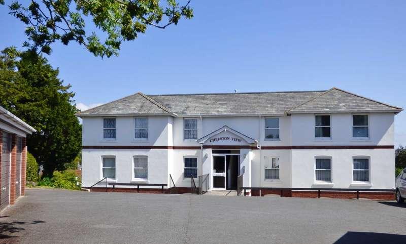 2 Bedrooms Flat for sale in Rawlyn Road, Chelston