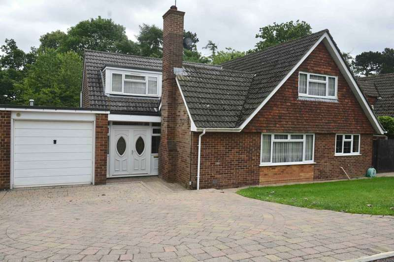 5 Bedrooms Detached House for sale in Wrensfield, Boxmoor, Hemel Hempstead