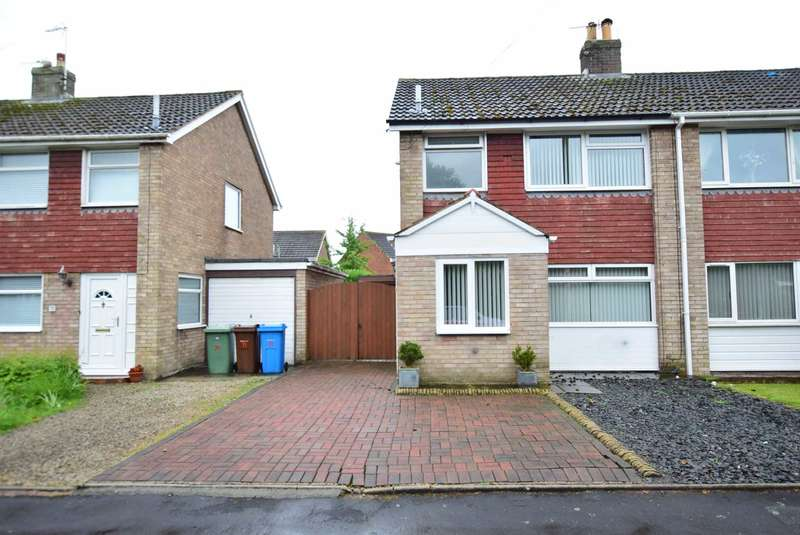 3 Bedrooms Semi Detached House for sale in Hornby Drive, Newton
