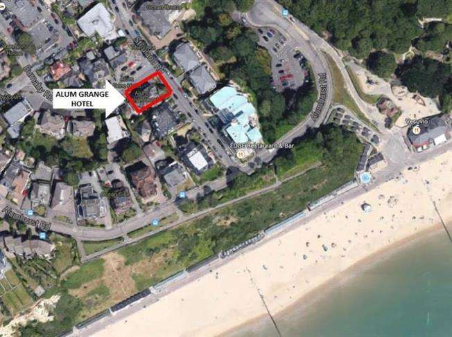 14 Bedrooms Hotel Commercial for sale in Alum Chine/Branksome Park, Bournemouth BH4