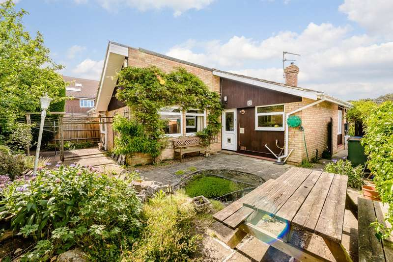 2 Bedrooms Detached Bungalow for sale in Rudgwick