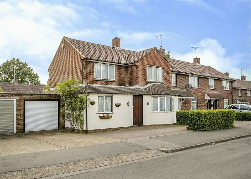 4 Bedrooms Detached House for sale in Shelley Avenue, Bracknell, Berkshire