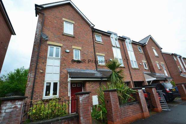 4 Bedrooms End Of Terrace House for rent in Mackworth Street Hulme, M15 5lp Manchester