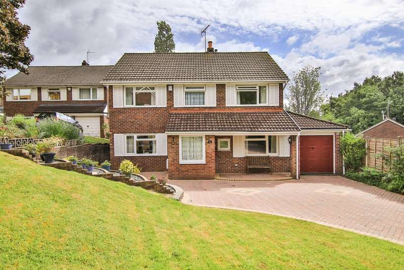 4 Bedrooms Detached House for sale in Woodvale Avenue, Cyncoed, Cardiff